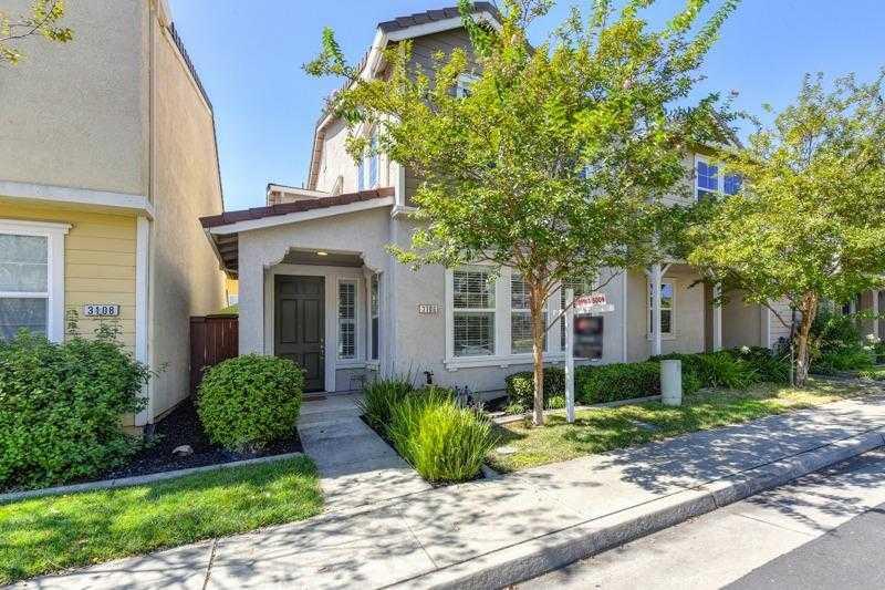 $334,900 - 2Br/3Ba -  for Sale in Capital Village, Rancho Cordova