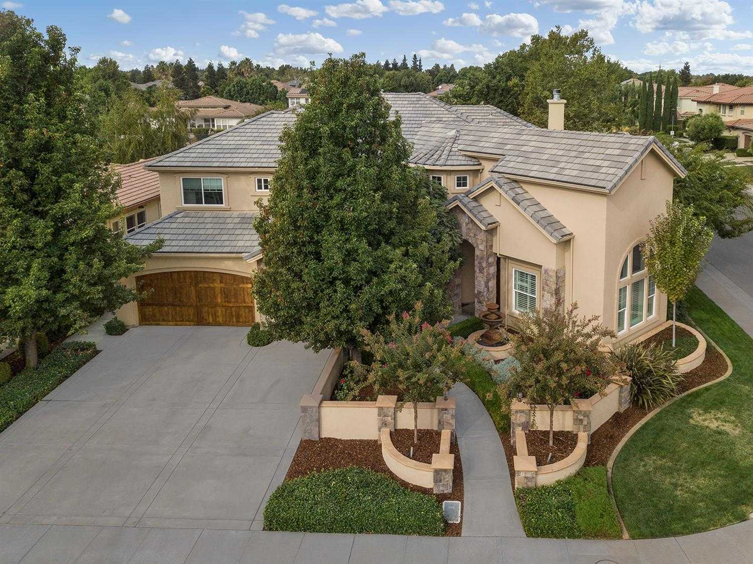 $1,695,000 - 5Br/5Ba -  for Sale in Davis
