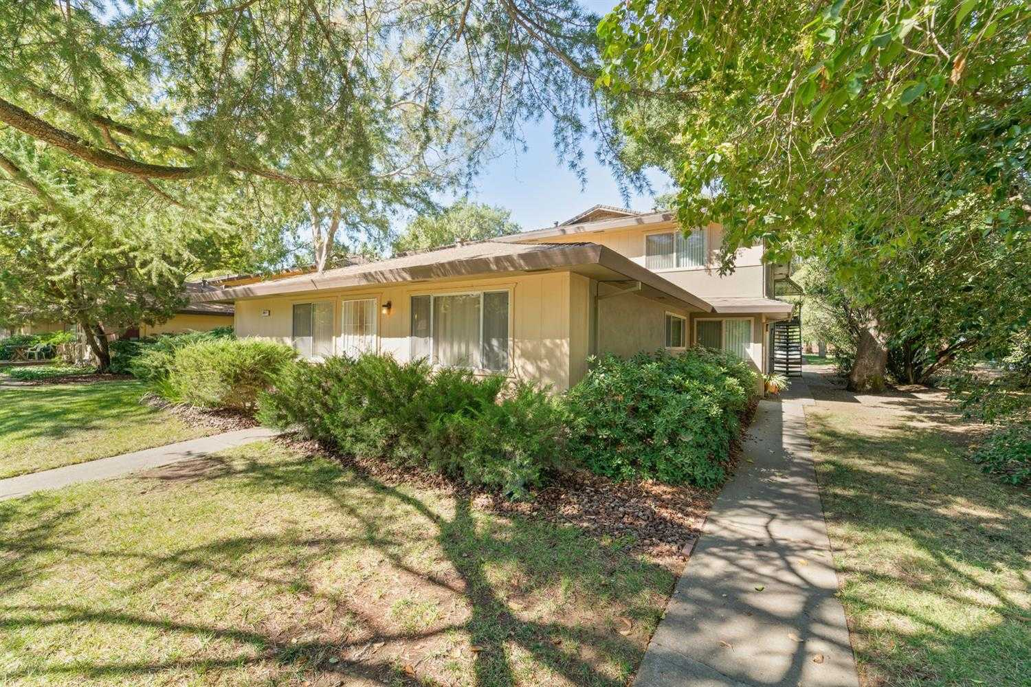 $285,000 - 2Br/1Ba -  for Sale in Davis