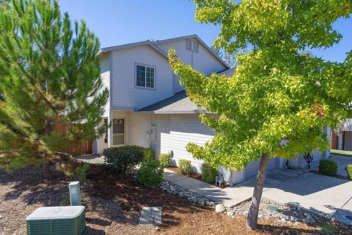 $273,500 - 3Br/3Ba -  for Sale in Courtside Manor, Diamond Springs