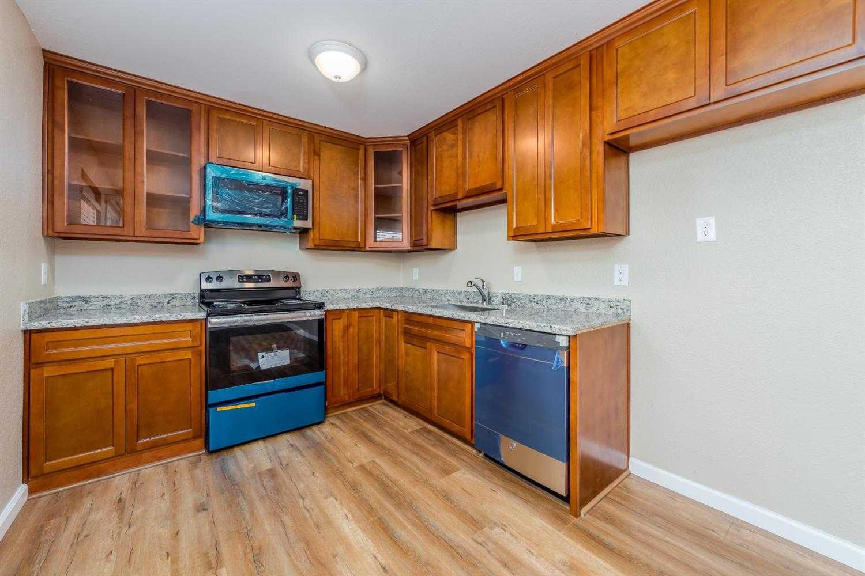 $163,000 - 4Br/2Ba -  for Sale in Sacramento