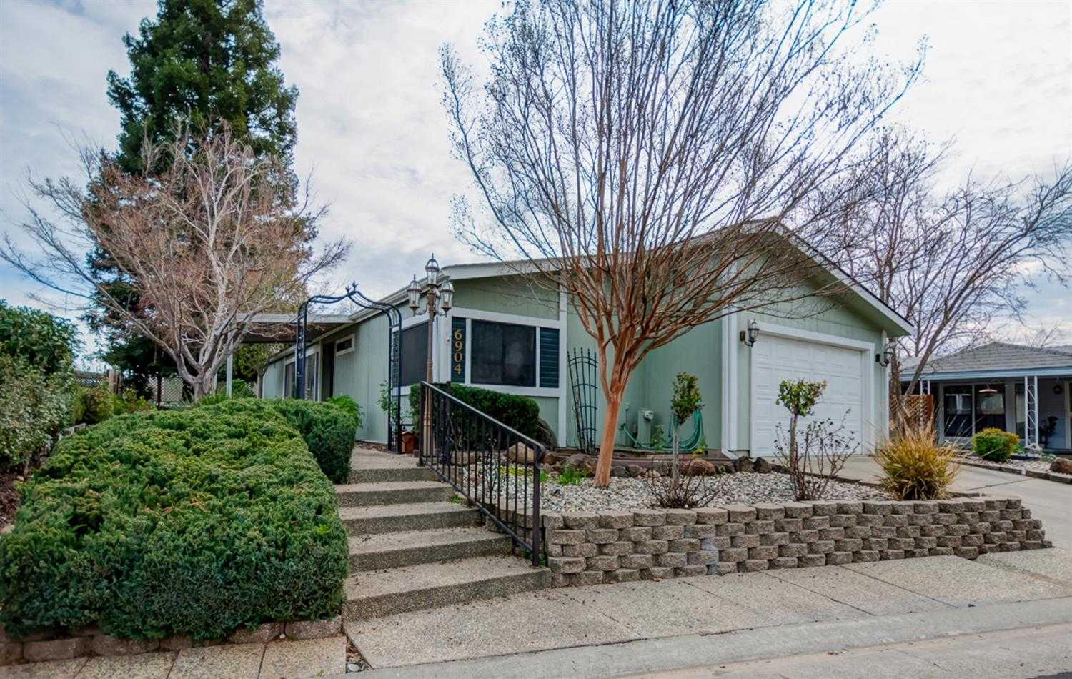 $137,000 - 2Br/2Ba -  for Sale in Citrus Heights