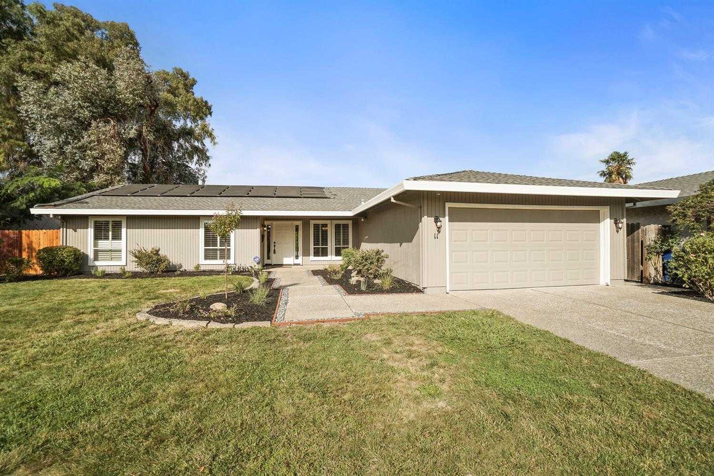 11 Park Vista Cir Sacramento, CA 95831
