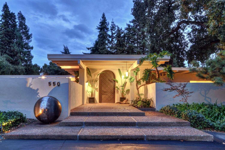 $2,450,000 - 5Br/4Ba -  for Sale in Sacramento