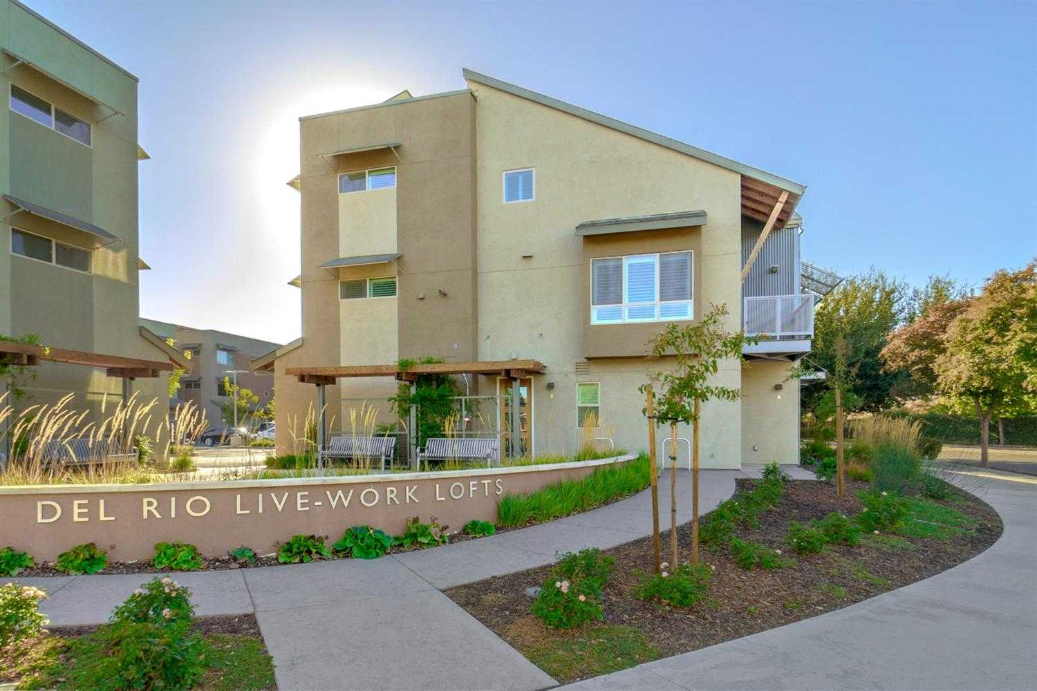 $619,900 - 2Br/3Ba -  for Sale in Davis
