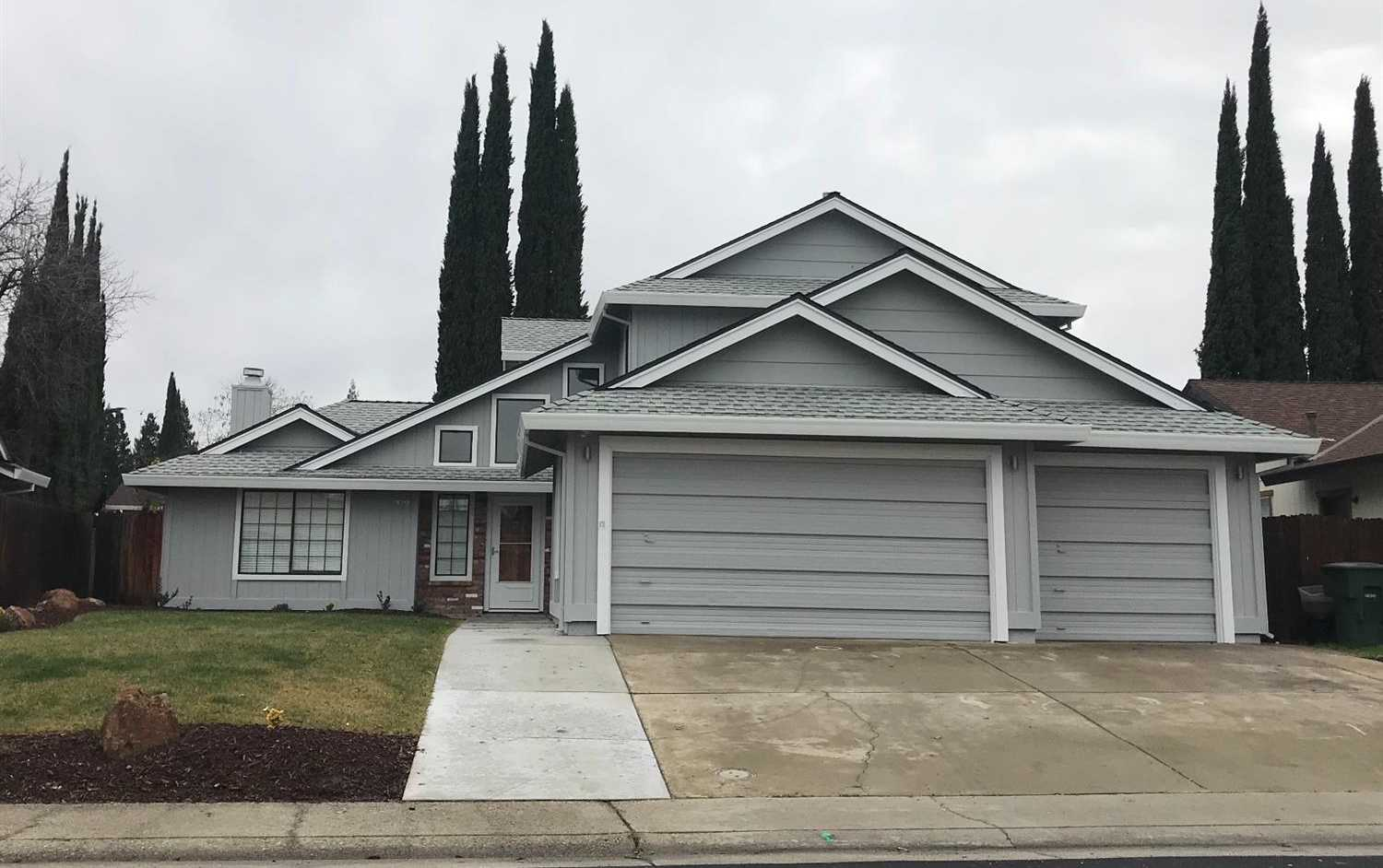 $439,900 - 4Br/3Ba -  for Sale in Roseville
