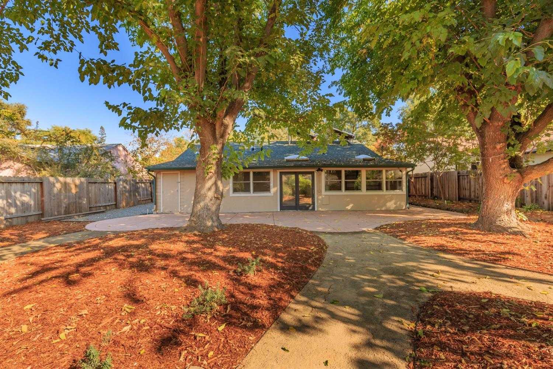 $680,000 - 3Br/1Ba -  for Sale in Davis
