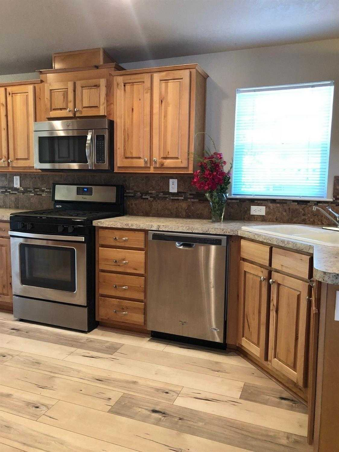 $229,000 - 3Br/2Ba -  for Sale in Davis