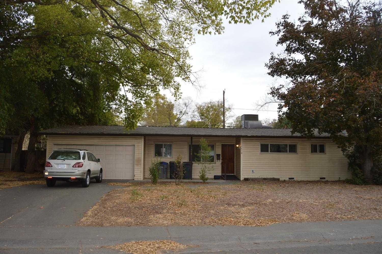 $600,000 - 4Br/2Ba -  for Sale in Davis