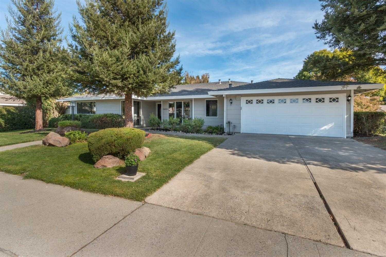 $399,900 - 3Br/2Ba -  for Sale in Sacramento