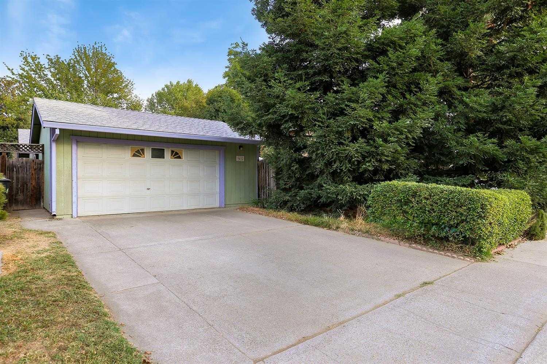 9412 Fort Worth Way Sacramento, CA 95827