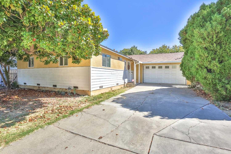 6743 Golf View Dr Sacramento, CA 95822