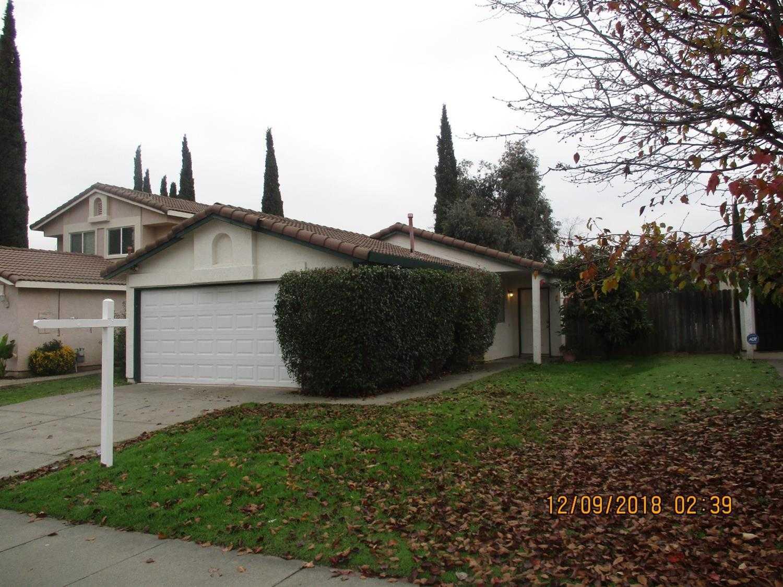 137 Majorca Cir Sacramento, CA 95823