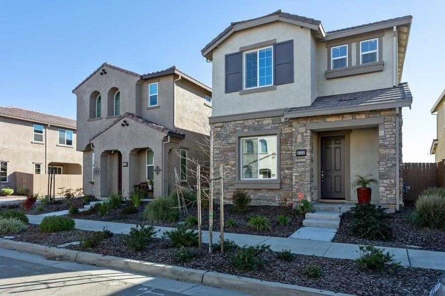 $397,899 - 3Br/3Ba -  for Sale in Natomas Central Village B, Sacramento