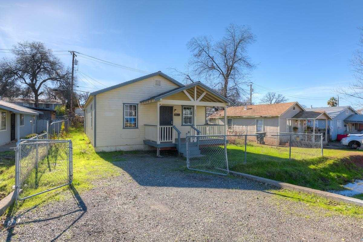 $165,000 - 4Br/2Ba -  for Sale in Oroville