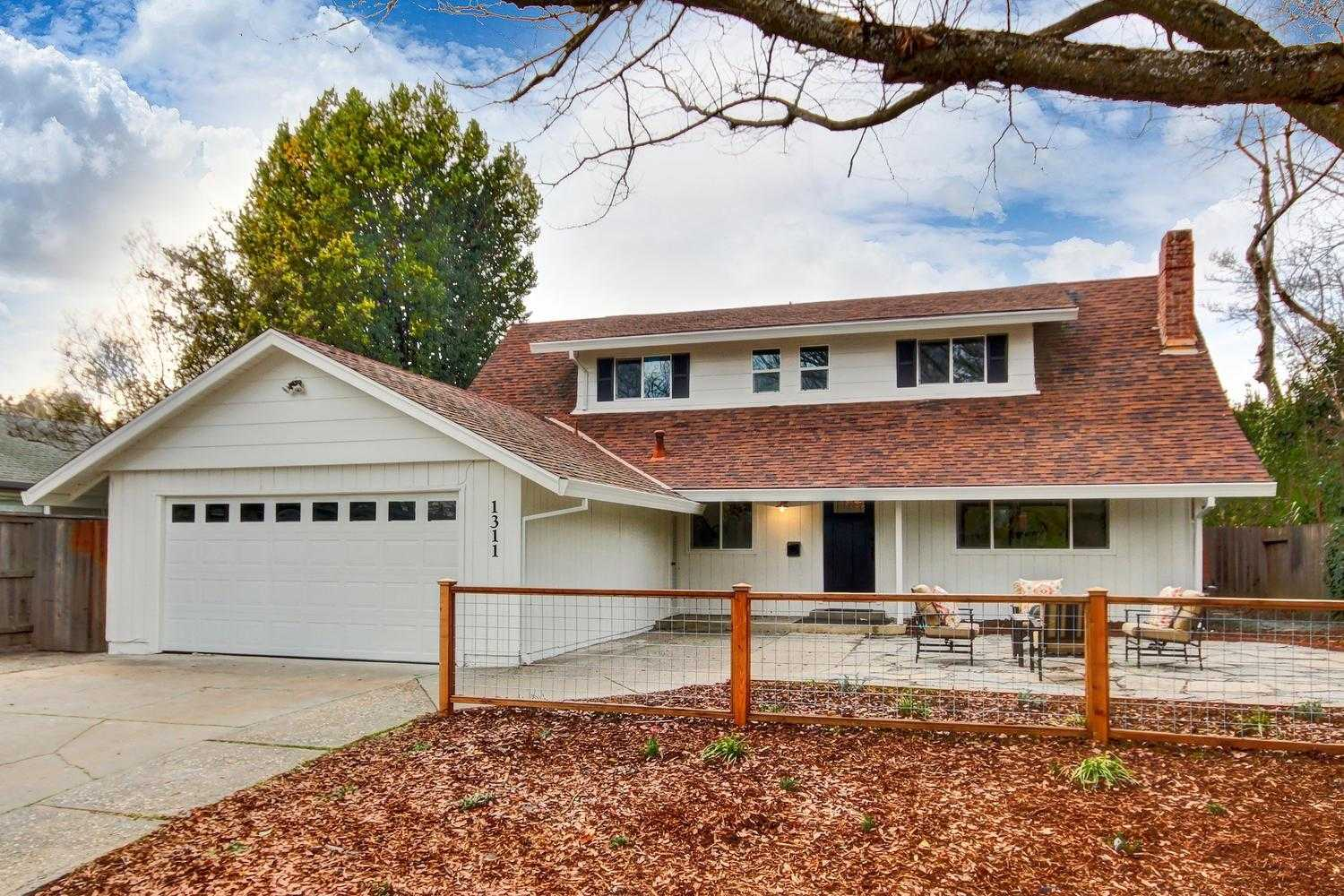 $859,000 - 4Br/3Ba -  for Sale in Davis