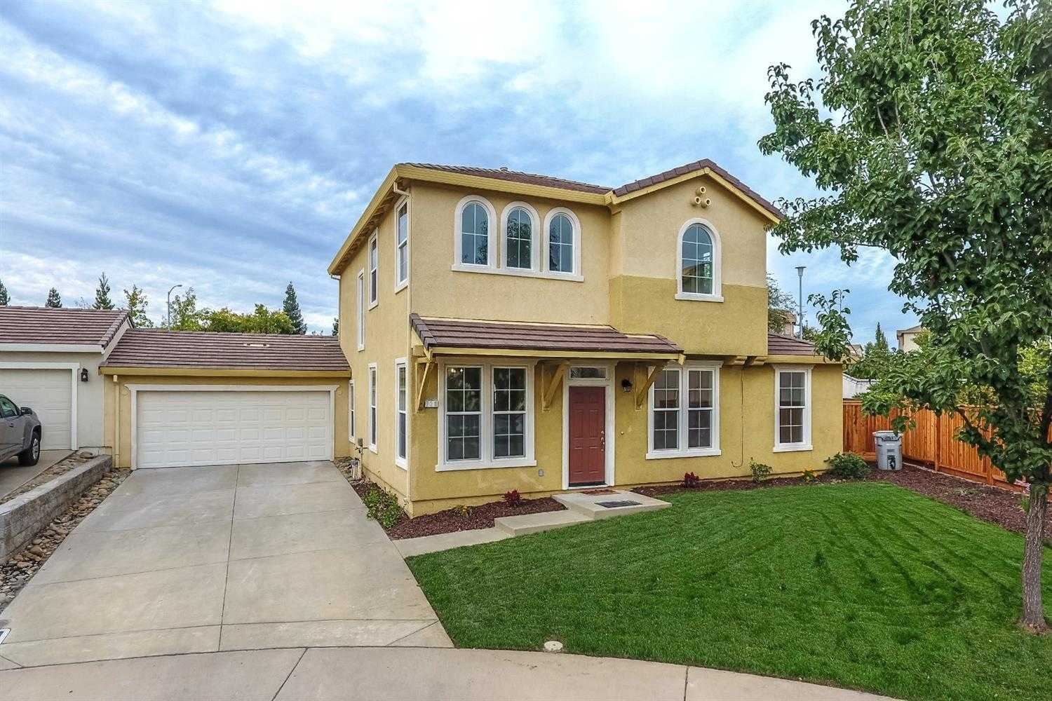 $493,000 - 4Br/3Ba -  for Sale in Folsom