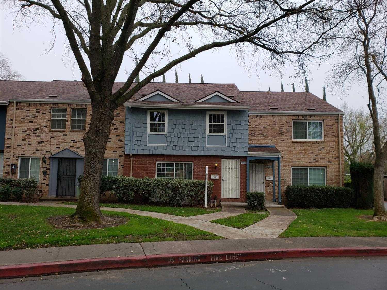 $225,000 - 3Br/2Ba -  for Sale in Oak Knoll Townhomes, Carmichael