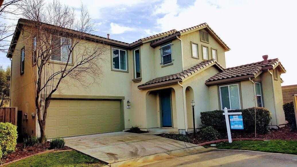 $369,000 - 4Br/3Ba -  for Sale in Sacramento