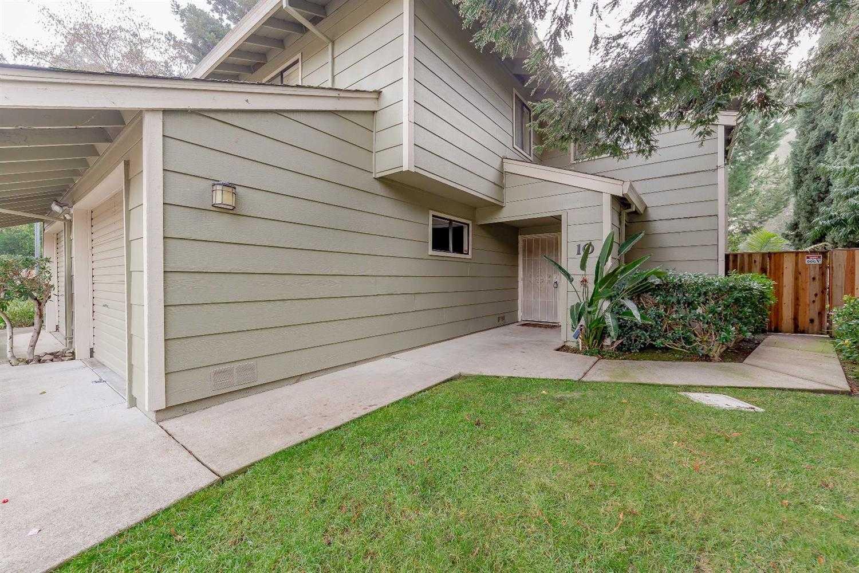$369,000 - 3Br/3Ba -  for Sale in Park West, Sacramento