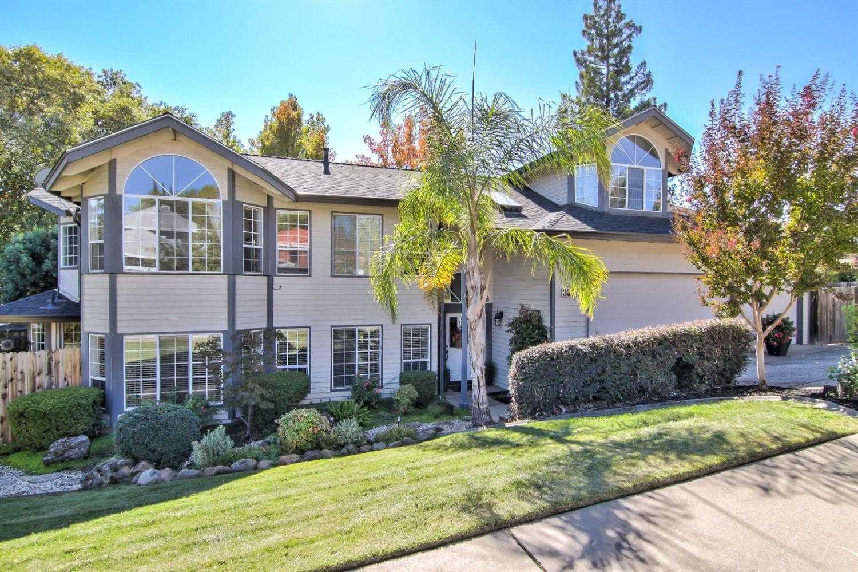 $599,900 - 4Br/3Ba -  for Sale in Fair Oaks