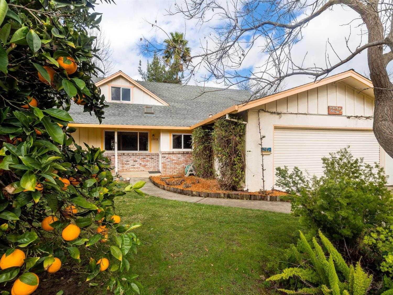 $635,000 - 3Br/2Ba -  for Sale in Davis