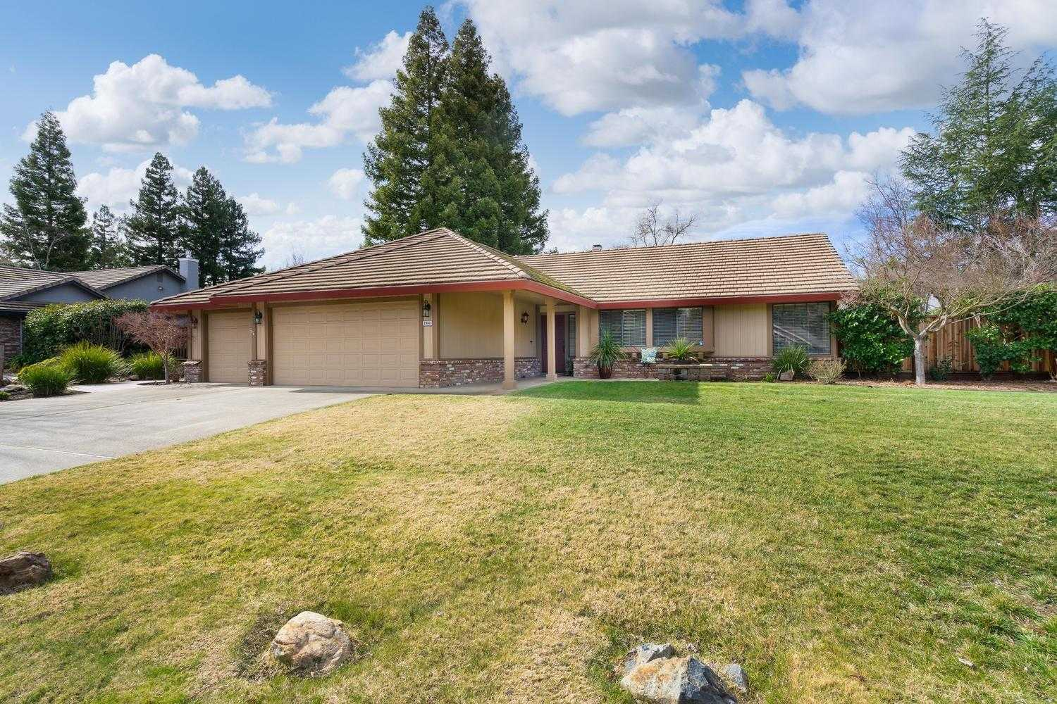 $667,000 - 4Br/3Ba -  for Sale in El Dorado Hills
