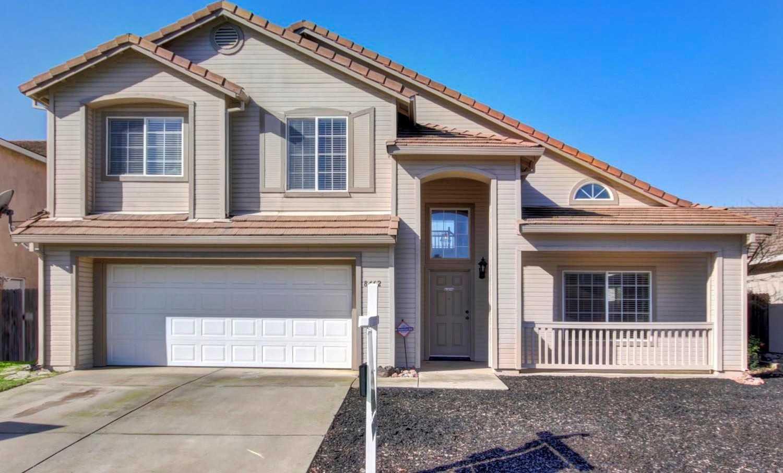 $420,000 - 4Br/3Ba -  for Sale in Elk Grove