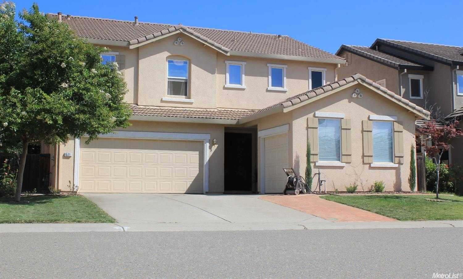 $499,900 - 5Br/3Ba -  for Sale in Lincoln