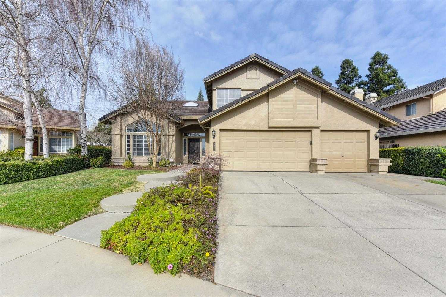 9426 Dunkerrin Way Elk Grove, CA 95758