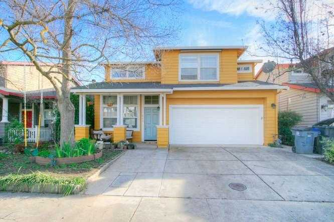$625,000 - 3Br/3Ba -  for Sale in Davis