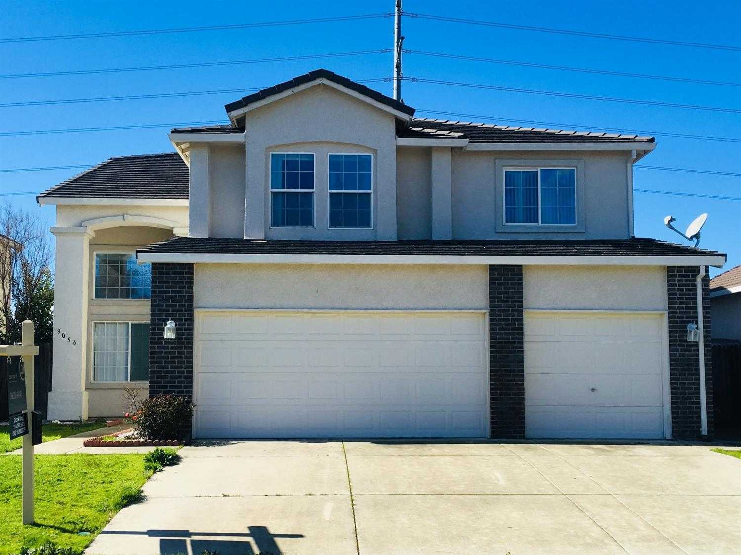 $449,000 - 5Br/3Ba -  for Sale in Elk Grove
