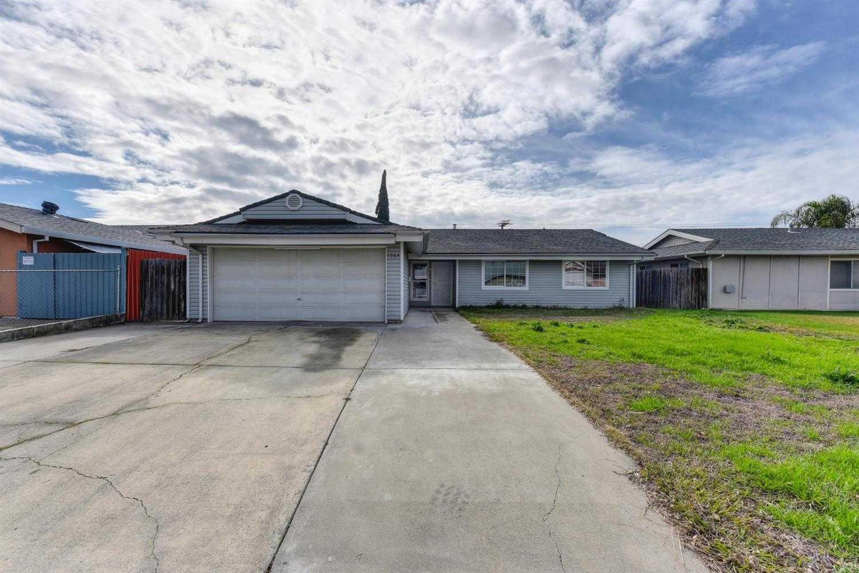 $279,000 - 4Br/2Ba -  for Sale in Sacramento