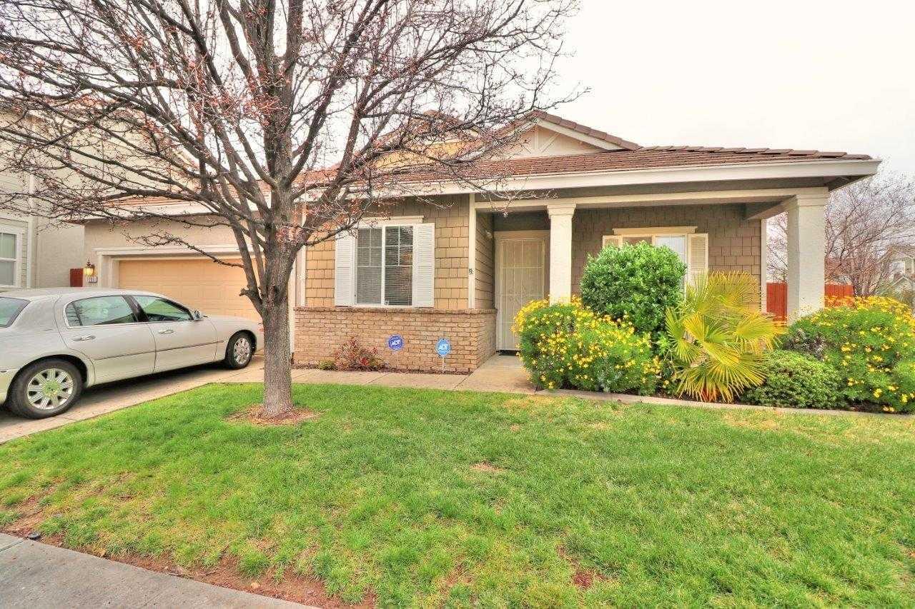 $519,950 - 3Br/3Ba -  for Sale in Fieldstone Meadows, Folsom