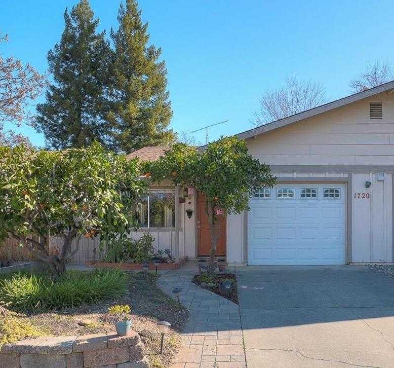 $460,000 - 3Br/1Ba -  for Sale in Davis