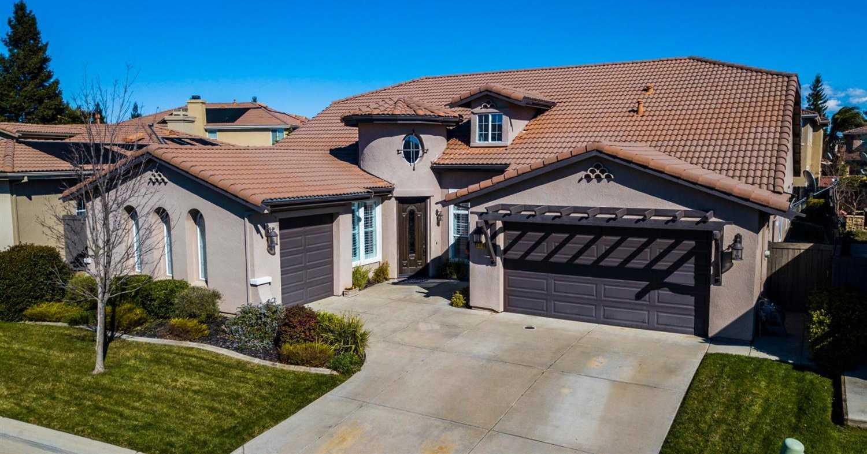 $679,900 - 5Br/4Ba -  for Sale in Sacramento