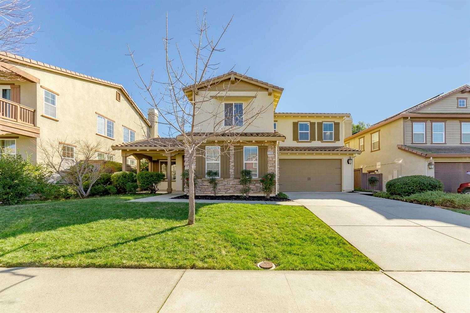 $664,999 - 5Br/3Ba -  for Sale in Rocklin