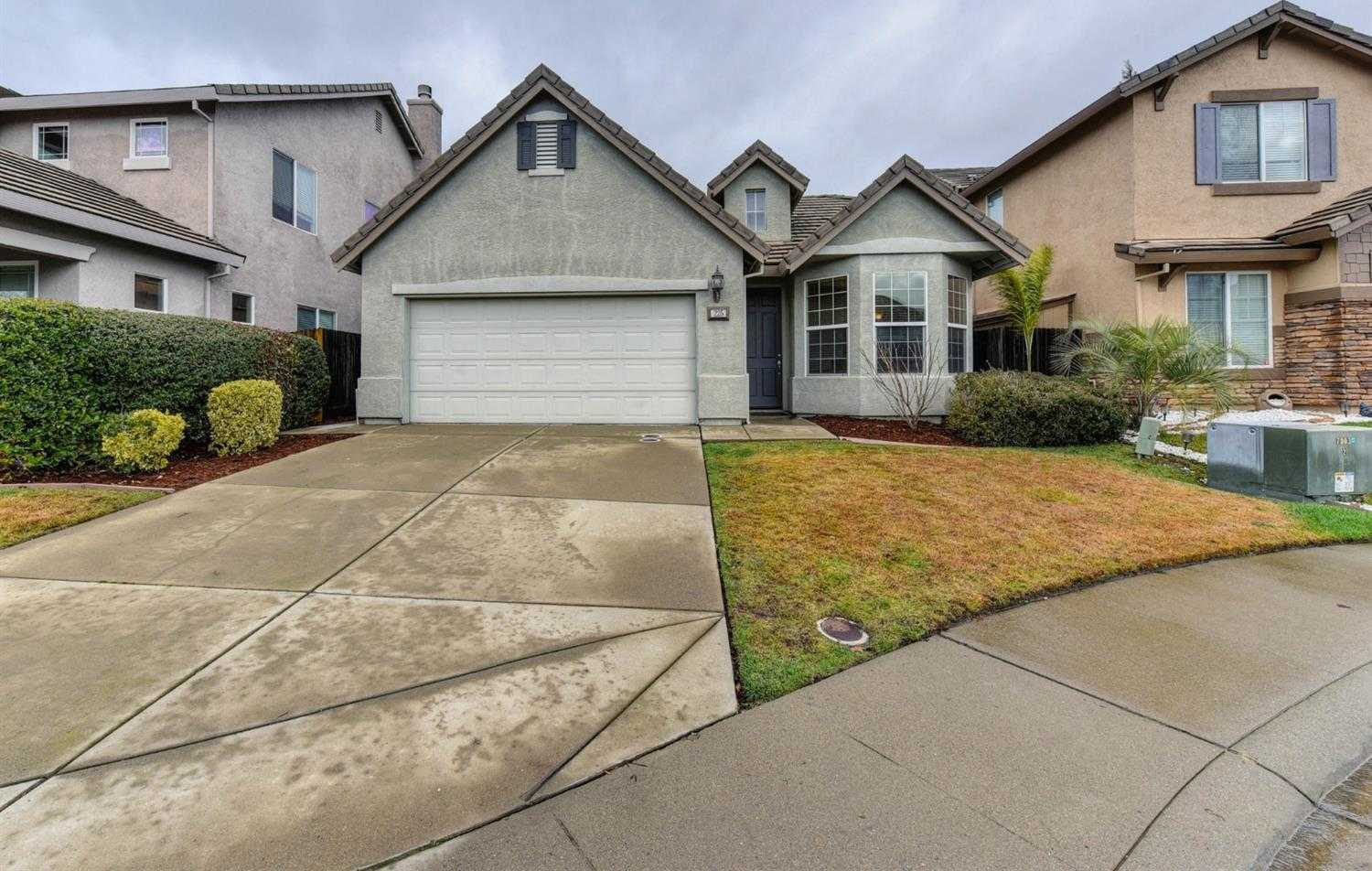 225 Needle Ct Roseville, CA 95678