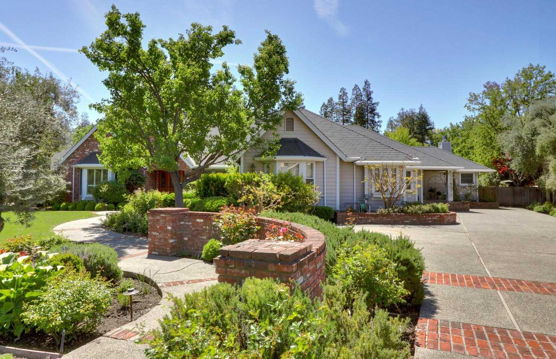 $1,800,000 - 5Br/4Ba -  for Sale in North Davis Meadows, Davis