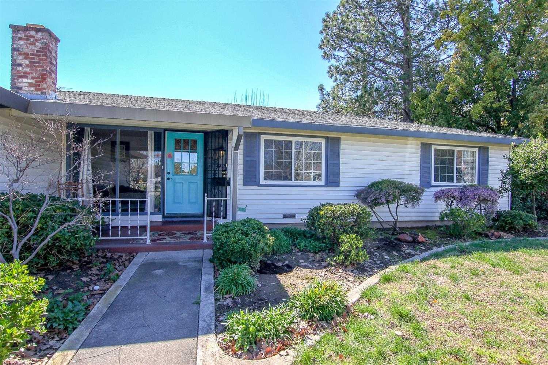$375,000 - 4Br/2Ba -  for Sale in Sacramento