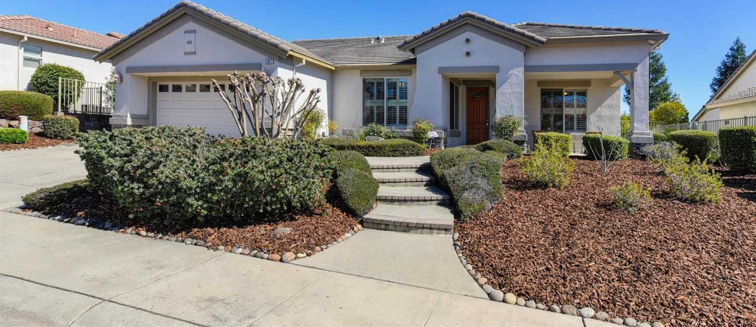 $595,000 - 3Br/2Ba -  for Sale in Lincoln