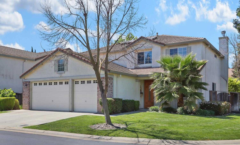 $549,000 - 5Br/3Ba -  for Sale in Stockton