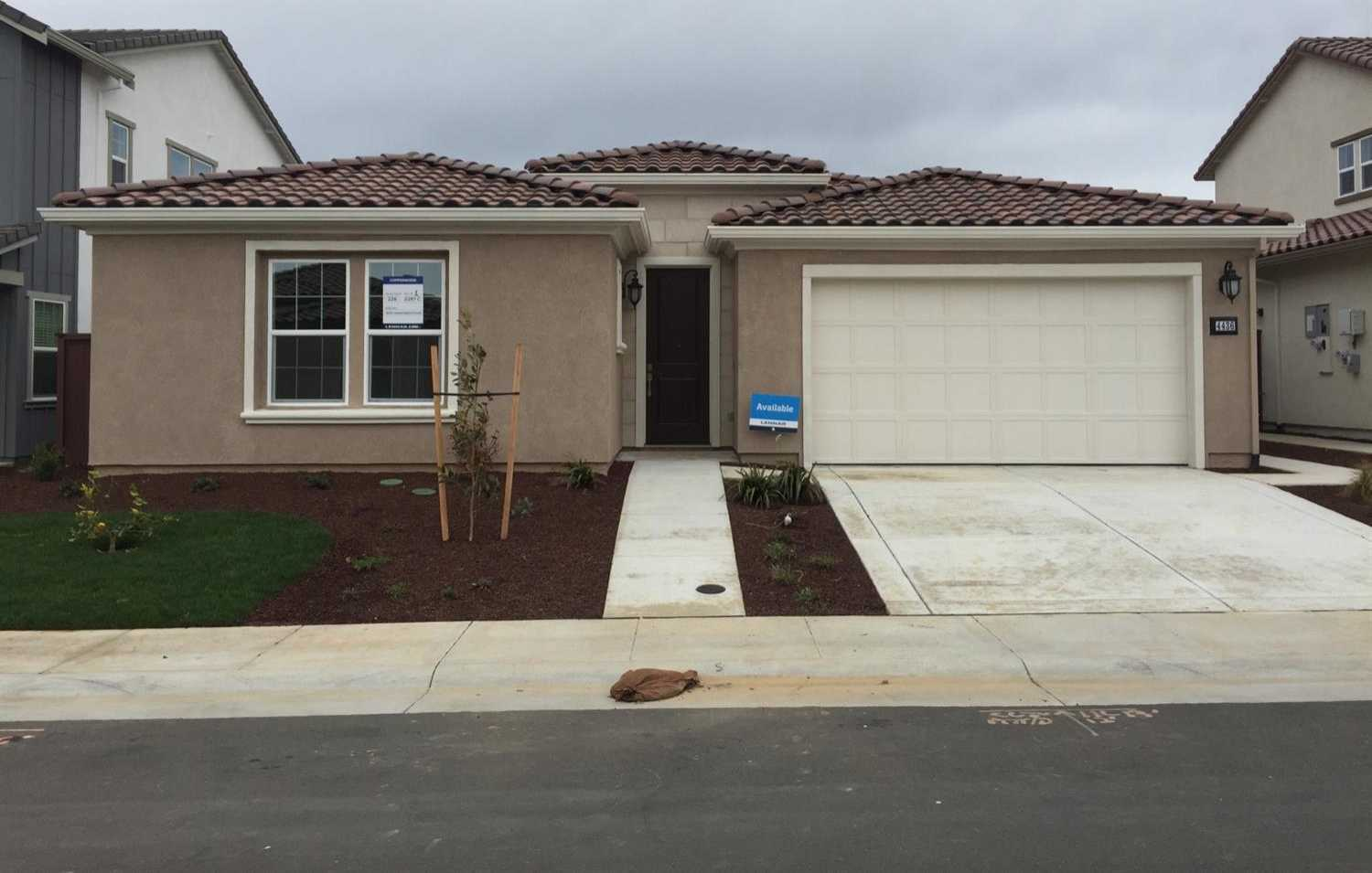 $618,869 - 3Br/3Ba -  for Sale in Copperwood, Folsom