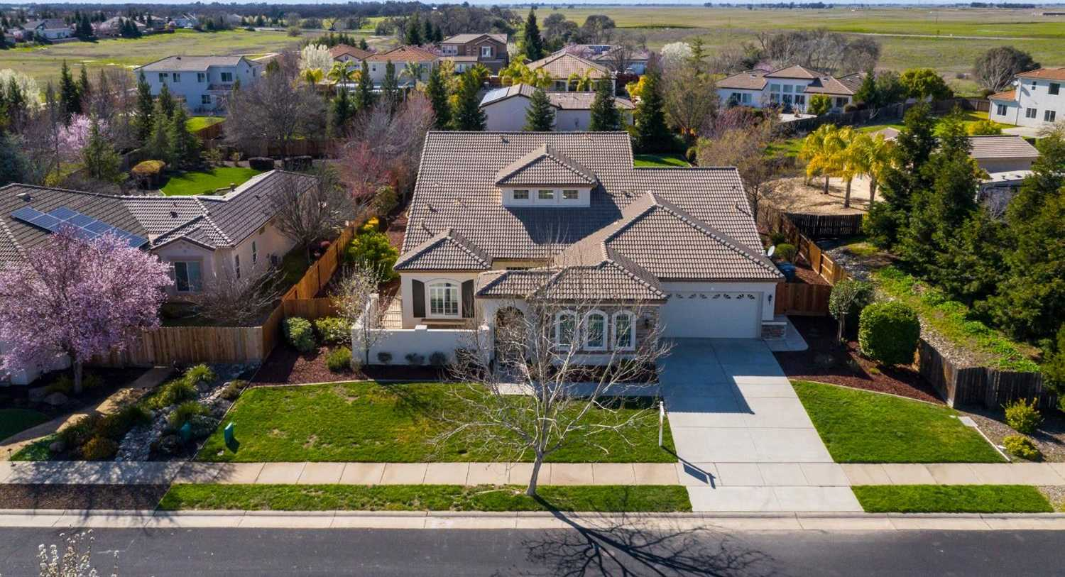 8545 Manor Rd Roseville, CA 95747