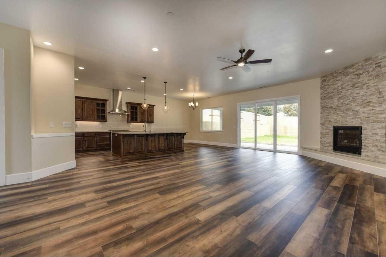 $759,000 - 4Br/3Ba -  for Sale in Eastcliff Estates, Fair Oaks