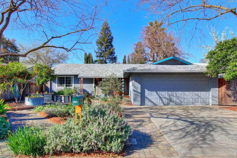 $639,000 - 4Br/2Ba -  for Sale in Davis Manor, Davis