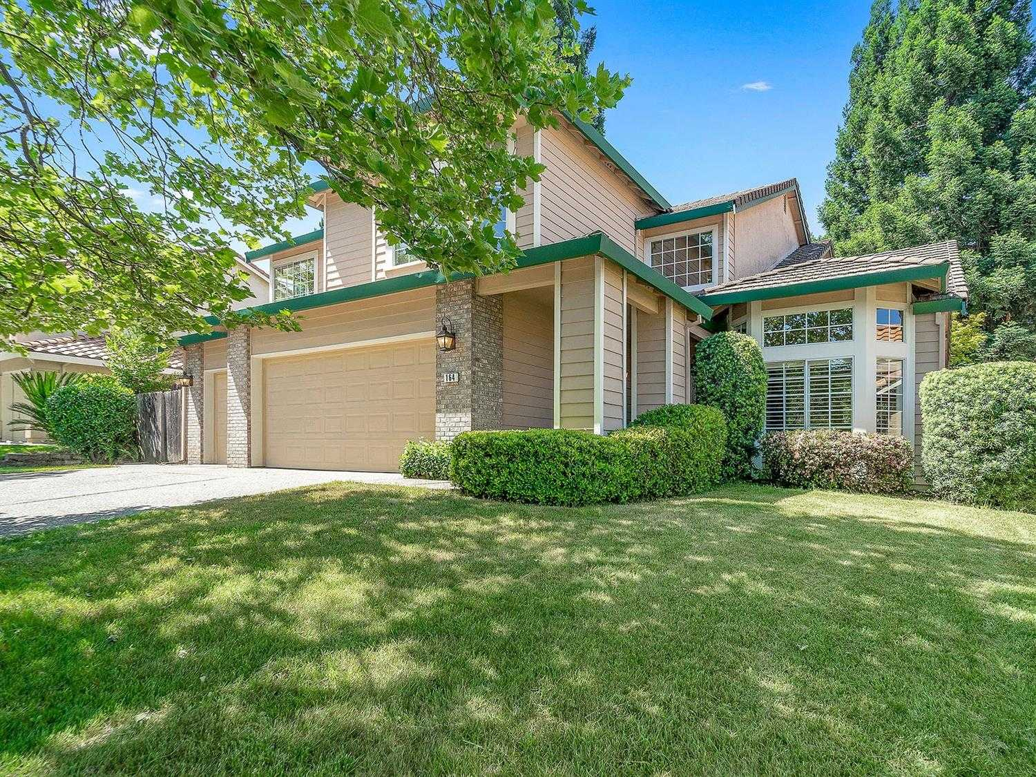 $610,000 - 5Br/3Ba -  for Sale in Natoma Station, Folsom