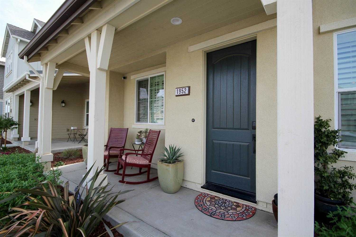 $779,800 - 4Br/3Ba -  for Sale in Davis