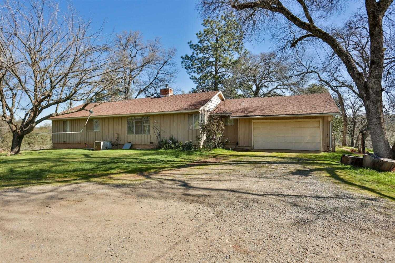 $675,000 - 3Br/2Ba -  for Sale in Placerville