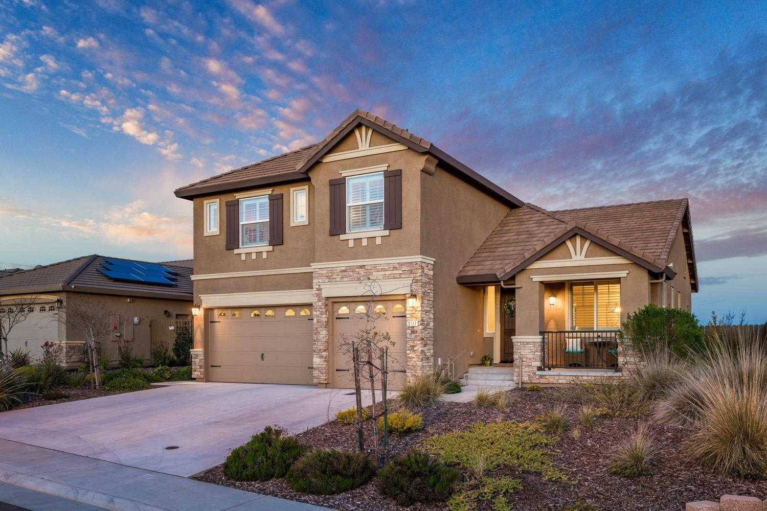 $698,000 - 5Br/3Ba -  for Sale in Terra Vista @ Stoneridge, Roseville